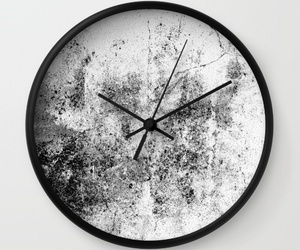 clock and home image