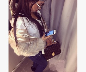 iphone and louisvuitton image