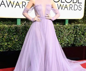 golden globes, hailee steinfeld, and 2017 image