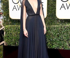 golden globes, mandy moore, and 2017 image