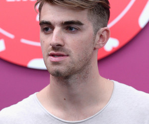 men, yum, and the chainsmokers image