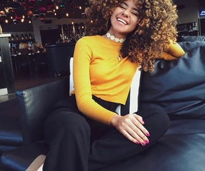 curly hair, Sunday, and girls image