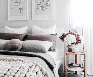 cama, hogar, and almohada image