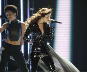 selena gomez, revival tour, and Queen image