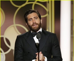 jake gyllenhaal, actor, and golden globe image