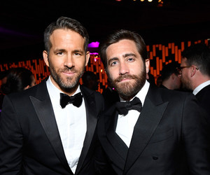 jake gyllenhaal and ryan reynolds image
