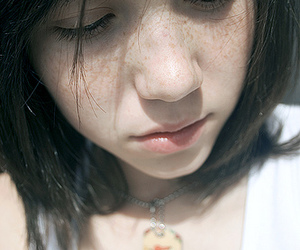freckles, girl, and necklace image