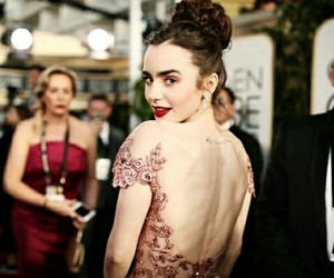 lily collins and golden globes 2017 image