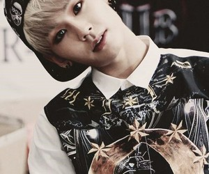 beauty, cute, and il-hoon image