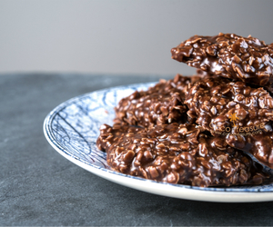 chocolate cookies, coconut oil, and chocolate recipes image
