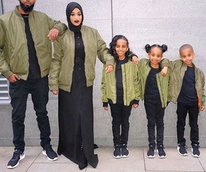 family and hijab image