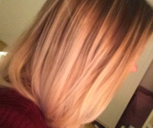 hair, ombré, and blonde image
