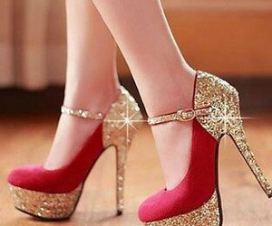 fashion, glitter, and gold image