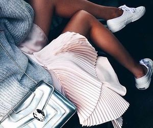 girly, outfit, and skirt image