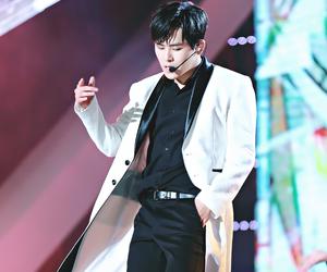 infinite, myungsoo, and sunggyu image