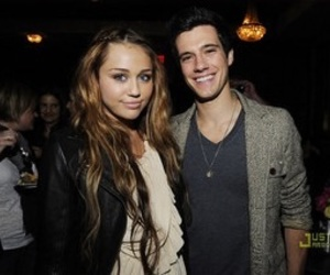miley cyrus and drew roy image
