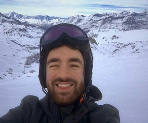 nieve and oliver heldens image