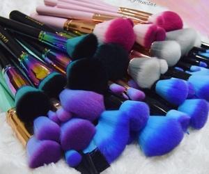 Brushes, makeup, and makeup brushes image