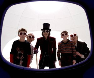 charlie and the chocolate factory and johnny depp image