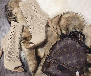 luxury, shoes, and heels image