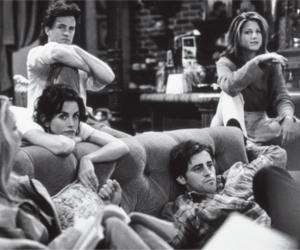 chandler bing, Jennifer Aniston, and Lisa Kudrow image