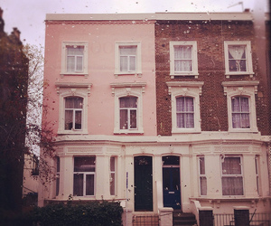 house, london, and pink image