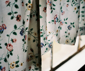 vintage, flowers, and curtains image