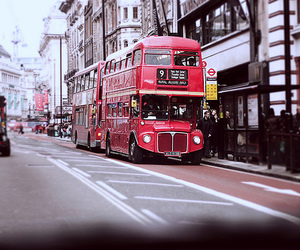 bus and london image