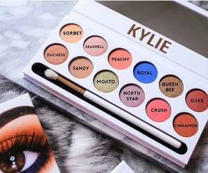 makeup, luxury, and kylie image