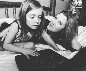 carrie fisher and billie lourd image