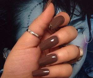 nails and brown image