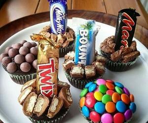 food, Twix, and cupcake image