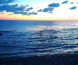 dark, night, and sea image