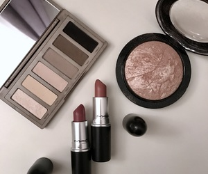 lipstic, mac, and mehr image