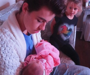 family, nash grier, and vine star image