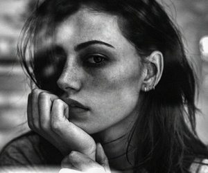 black and white, phoebe tonkin, and model image
