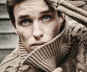 eddie redmayne, handsome, and Hot image