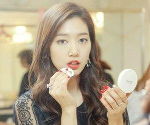 korea and park shin hye image