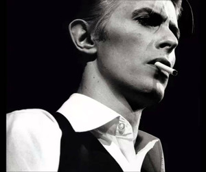 david bowie, music, and black and white image