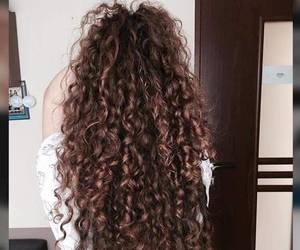 curly, cropp top, and girl image