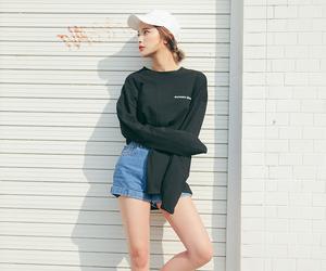 fashion, female model, and kfashion image