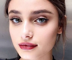 taylor hill, beauty, and makeup image