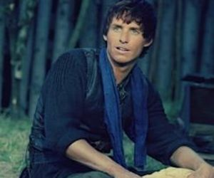 eddie redmayne, the pillars of the earth, and ken follet image