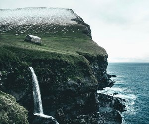 explore, iceland, and mountains image