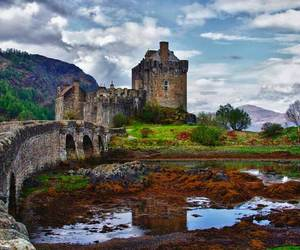 scotland and castle image