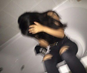 girl, blurry, and grunge image
