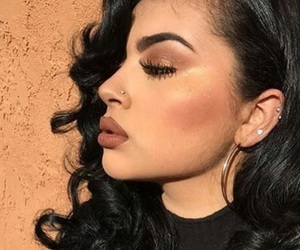 eyeliner, chicana, and makeup image
