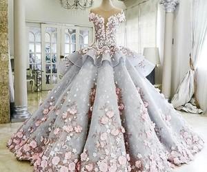 dress and dream dress image
