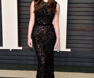 red carpet, hailee steinfeld, and black image