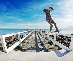 skate, boy, and beach image